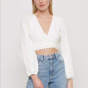3/$30 Dynamite Cropped Long Sleeve Blouse